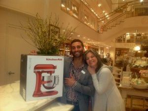 Gorgeous with the Williams and Sonoma salesman in San Francisco in 2012 after he rung up her new KitchenAid.